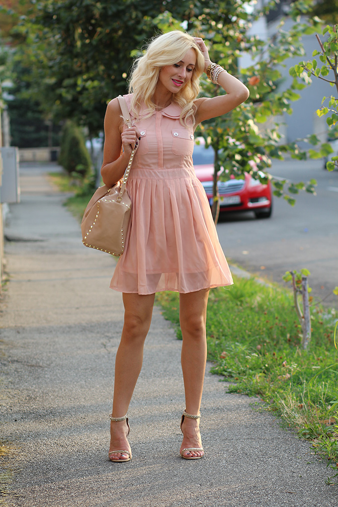 Light Pink Dress Ioana Chisiu Fashion Beauty Lifestyle Blog